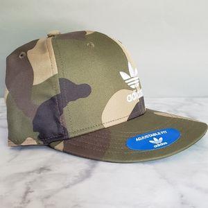 BNWT Adidas Snap Back Camo